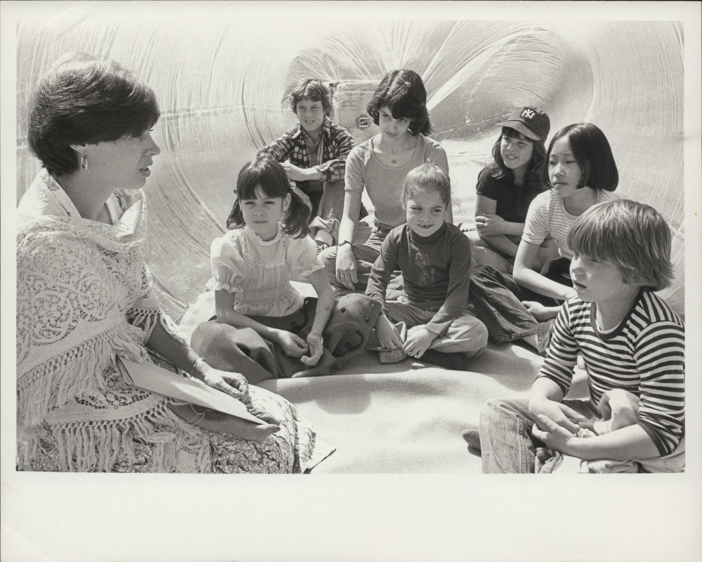 Susan Messer, NCLA National Library Chairman storytelling in the 'magic bubble' 4-17-1977.jpg